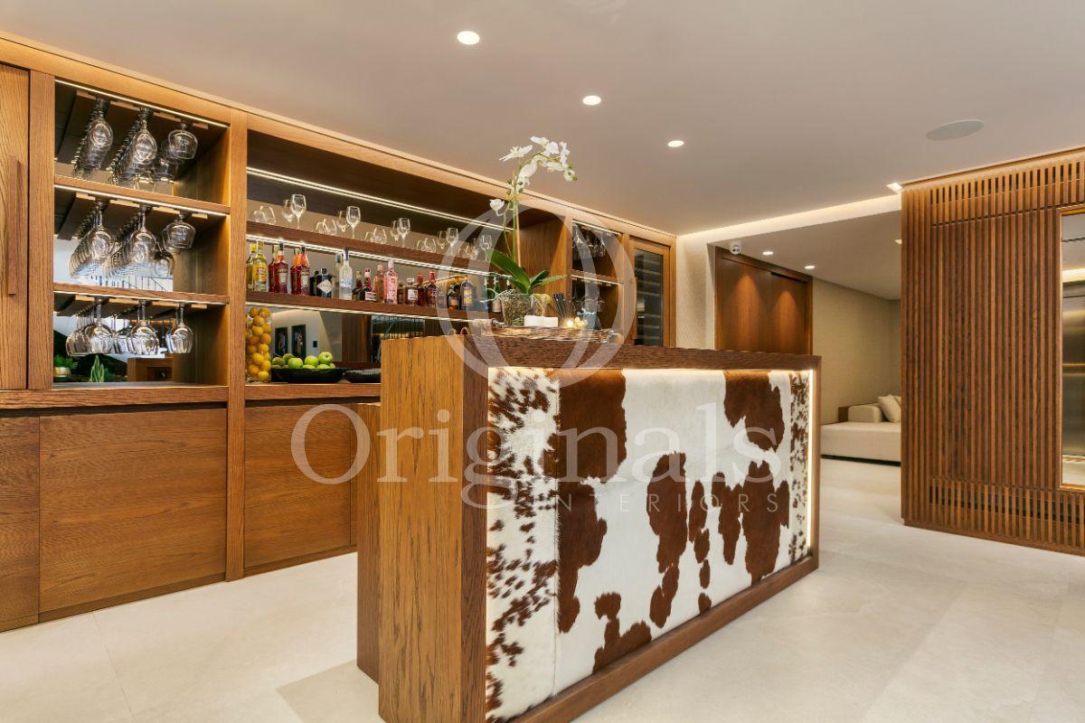 Luxury wooden bar - Originals Interior