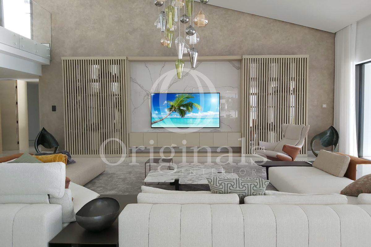 Luxury living room with plasma TV - Original Interiors