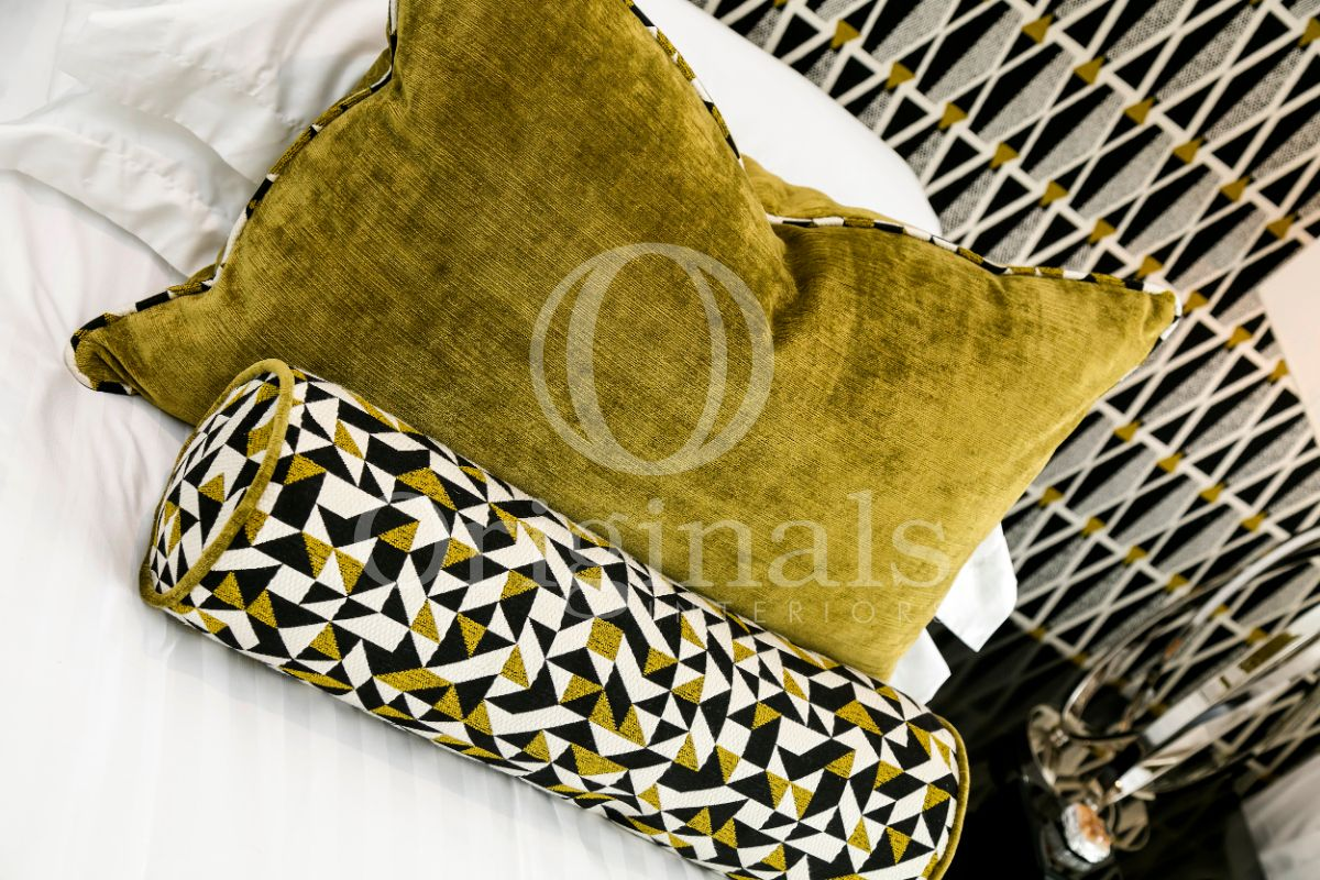 Yellow-green pillow - Originals Interiors